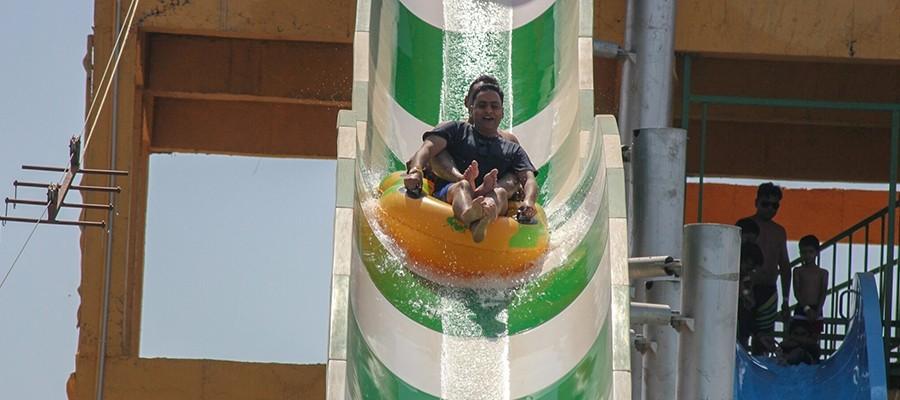 Breezy Float